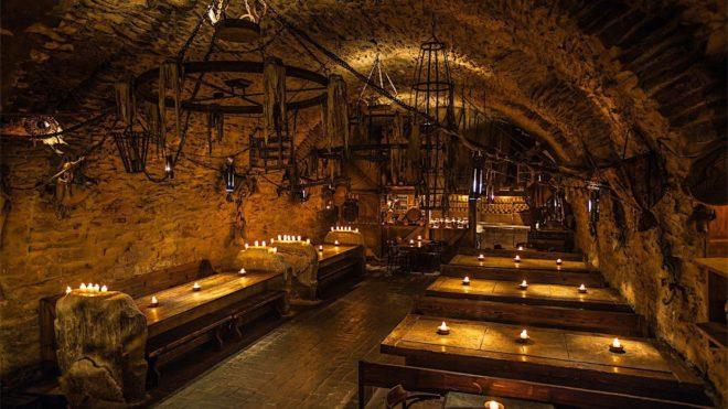 Restaurant médiéval à Prague