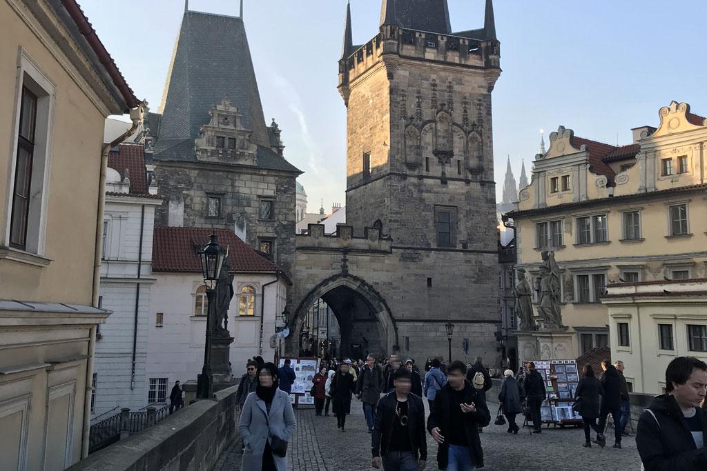 pont charles à Prague tourisme