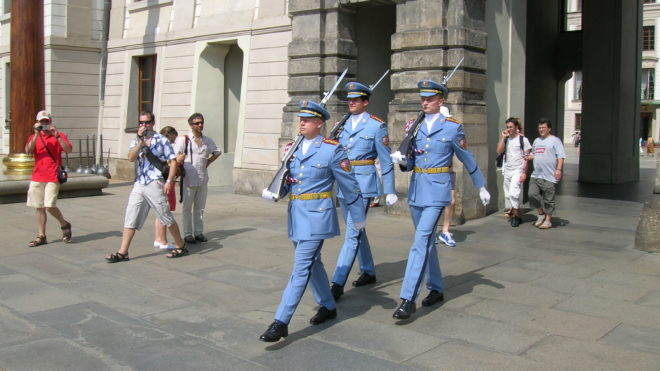 Garde château de Prague tourisme